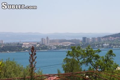 Image 2 furnished 4 bedroom Apartment for rent in Kastela, Split Dalmatia