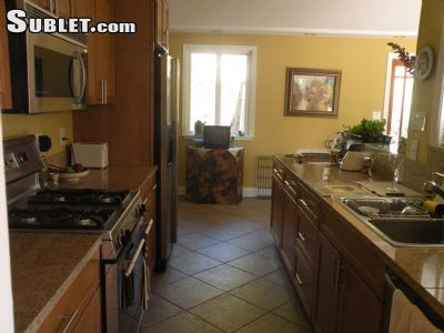 Image 2 furnished 3 bedroom House for rent in Pleasant Hill, Contra Costa County