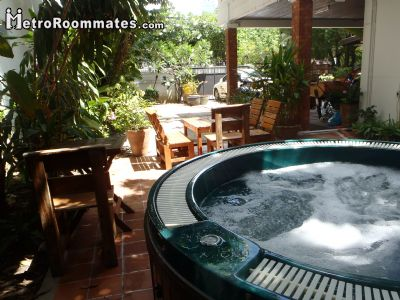 Image 1 Furnished room to rent in Khlong Toei, Bangkok 3 bedroom House