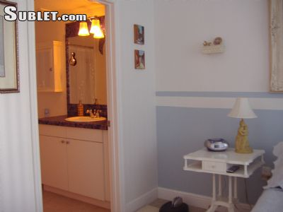 Image 2 furnished 1 bedroom Apartment for rent in Brickell Avenue, Miami Area