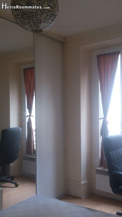 Image 1 Furnished room to rent in 20th-arrondissement, Paris 2 bedroom Apartment