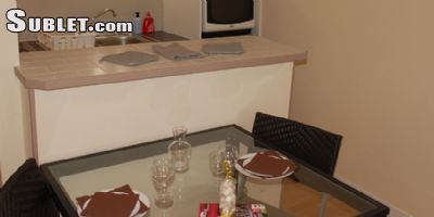 Image 2 furnished 1 bedroom Apartment for rent in Tarbes, Hautes-Pyrenees