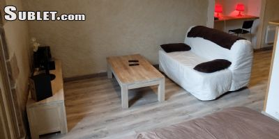 Image 2 furnished 3 bedroom Apartment for rent in Tarbes, Hautes-Pyrenees