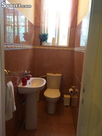 Image 1 Furnished room to rent in Tel Aviv-Yafo, Tel Aviv 4 bedroom Apartment