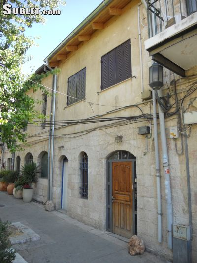 Image 2 furnished 1 bedroom Apartment for rent in Givat Mordechai, West Jerusalem