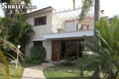 Image 2 furnished 3 bedroom House for rent in La Habana del Este, Ciudad Habana