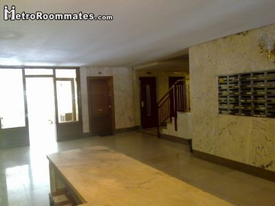 Image 2 Furnished room to rent in Arganzuela, Zona Centro 5 bedroom House