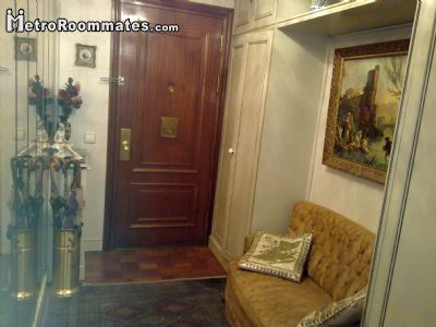 Image 3 Furnished room to rent in Arganzuela, Zona Centro 5 bedroom House