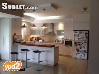 Image 2 furnished 5 bedroom House for rent in Raananna, Central Israel