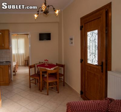 Image 7 furnished 2 bedroom House for rent in Parelioi, Corfu