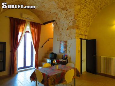 Image 2 furnished 2 bedroom House for rent in Conversano, Bari