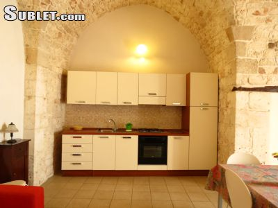 Image 6 furnished 2 bedroom House for rent in Conversano, Bari