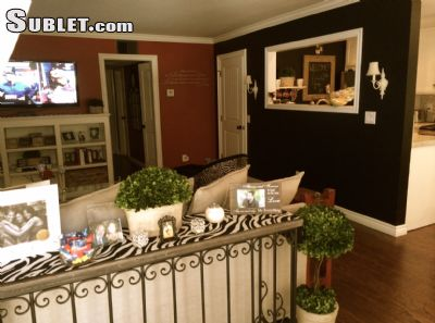 Image 3 furnished 2 bedroom Townhouse for rent in Toluca Lake, San Fernando Valley
