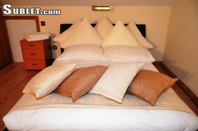 Image 2 furnished Studio bedroom Hotel or B&B for rent in Enfield Town, Enfield