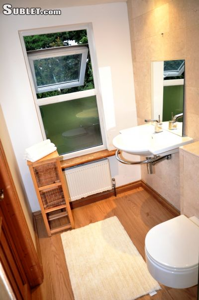 Image 7 furnished Studio bedroom Hotel or B&B for rent in Enfield Town, Enfield