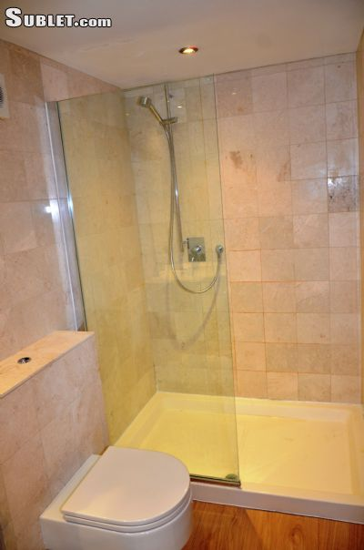 Image 8 furnished Studio bedroom Hotel or B&B for rent in Enfield Town, Enfield