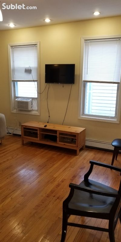 Image 2 furnished 3 bedroom Apartment for rent in Kearny, Hudson County