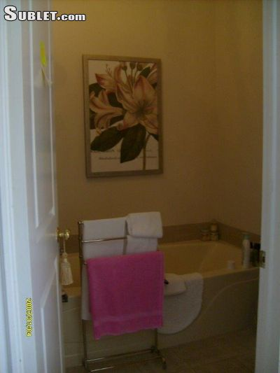 Image 7 furnished 3 bedroom House for rent in Westmount, Montreal Area