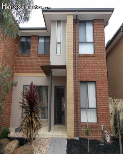 Image 1 Furnished room to rent in Taylors Hill, Melton 4 bedroom House