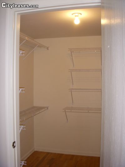 Image 10 unfurnished 2 bedroom Apartment for rent in Mahwah, Bergen County