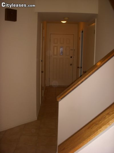 Image 4 unfurnished 2 bedroom Apartment for rent in Mahwah, Bergen County