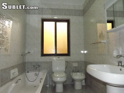 Image 7 furnished 4 bedroom House for rent in Mgarr, North Malta