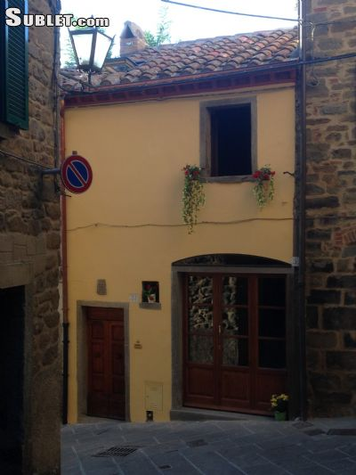 Image 4 furnished 1 bedroom Townhouse for rent in Cortona, Arezzo