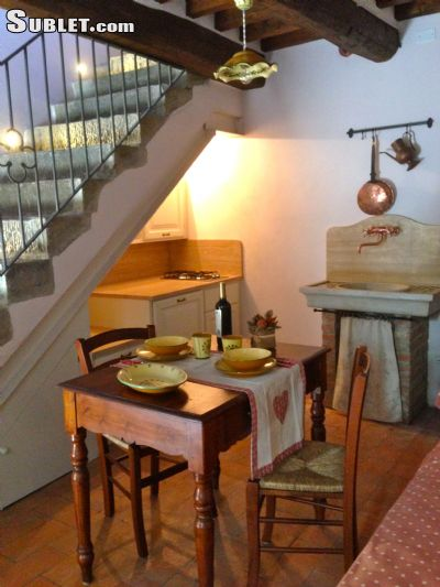 Image 6 furnished 1 bedroom Townhouse for rent in Cortona, Arezzo