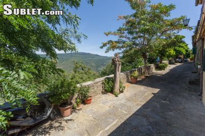 Image 9 furnished 1 bedroom Townhouse for rent in Cortona, Arezzo