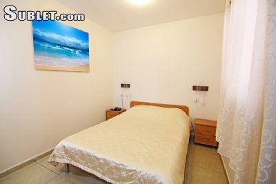Image 2 Furnished room to rent in Haifa, Haifa 1 bedroom Apartment