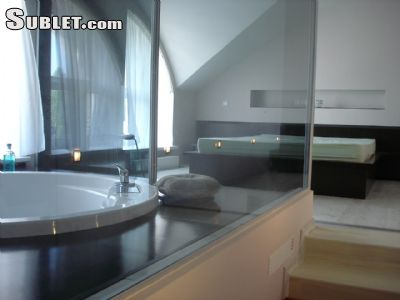 Image 5 furnished 2 bedroom Apartment for rent in Centru, Chisinau