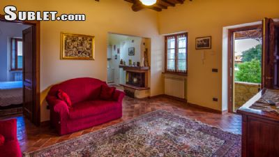 Image 5 furnished 3 bedroom House for rent in Other Arezzo, Arezzo