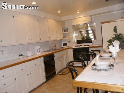 Image 4 furnished 3 bedroom Townhouse for rent in Huntington Beach, Orange County