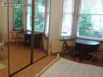 Image 3 furnished Studio bedroom Apartment for rent in Maida Vale, City of Westminster