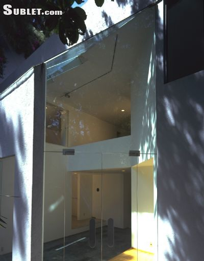 Image 4 furnished 3 bedroom House for rent in Coyoacan, Mexico City