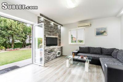 Image 4 furnished 3 bedroom House for rent in Kastela, Split Dalmatia