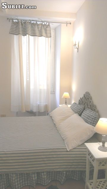 Image 5 furnished 3 bedroom Apartment for rent in Monti, Roma (City)