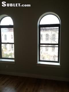 Image 3 unfurnished 3 bedroom Apartment for rent in Bushwick, Brooklyn