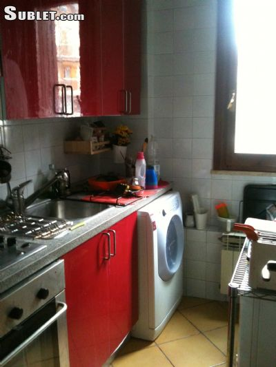 Image 2 furnished 3 bedroom Apartment for rent in Sulmona, LAquila