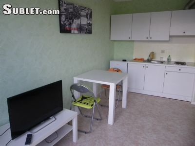 Image 3 furnished Studio bedroom Apartment for rent in Charleroi, Hainaut