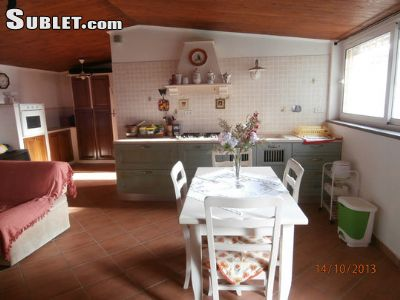 Image 3 furnished 1 bedroom House for rent in Fiumicino, Roma (Province)
