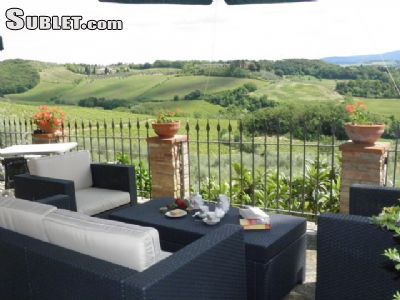 Image 2 furnished 2 bedroom House for rent in Poggibonsi, Siena