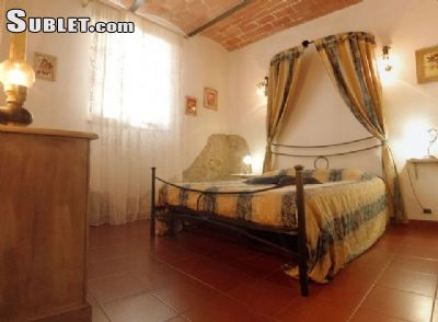 Image 5 furnished 2 bedroom House for rent in Poggibonsi, Siena