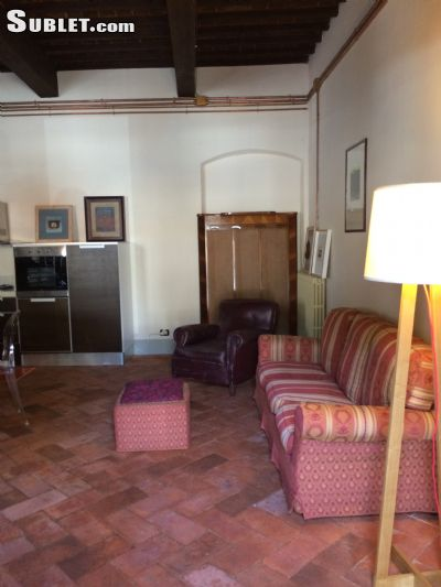 Image 2 furnished 2 bedroom Apartment for rent in Arezzo, Arezzo