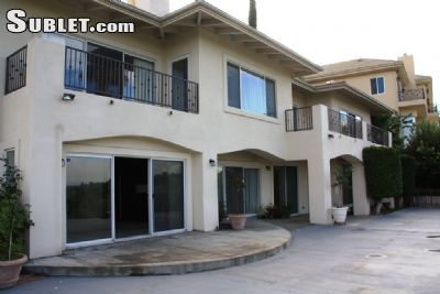 Image 2 unfurnished 5 bedroom House for rent in Encino, San Fernando Valley