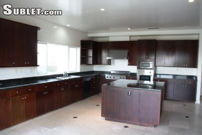 Image 4 unfurnished 5 bedroom House for rent in Encino, San Fernando Valley