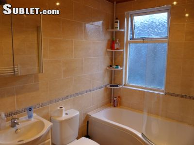 Image 3 furnished 4 bedroom House for rent in Wavertree, Liverpool