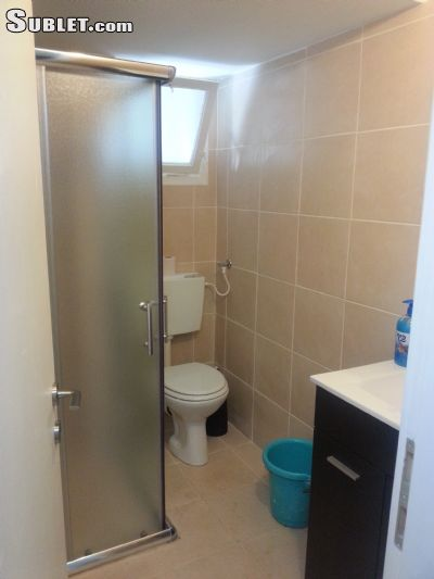 Image 5 Furnished room to rent in Neve Shaanan, Haifa 5 bedroom House