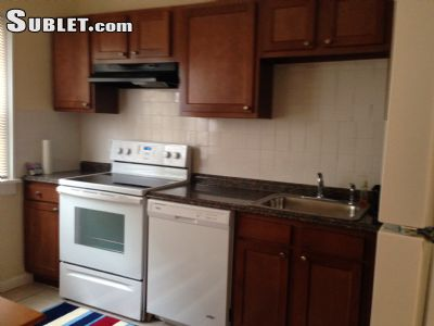 Image 4 furnished 2 bedroom Apartment for rent in Cleveland Heights, Cuyahoga County