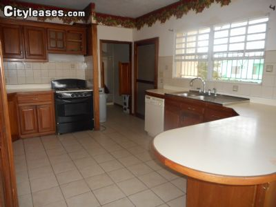 Image 2 furnished 3 bedroom Townhouse for rent in Caribbean Shores, Belize City